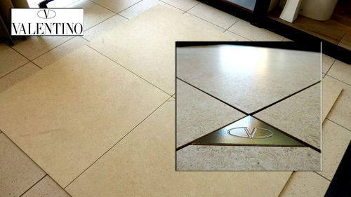 Leccese stone effect floor 80 x 80 cm. sometimes in star for ancient buildings